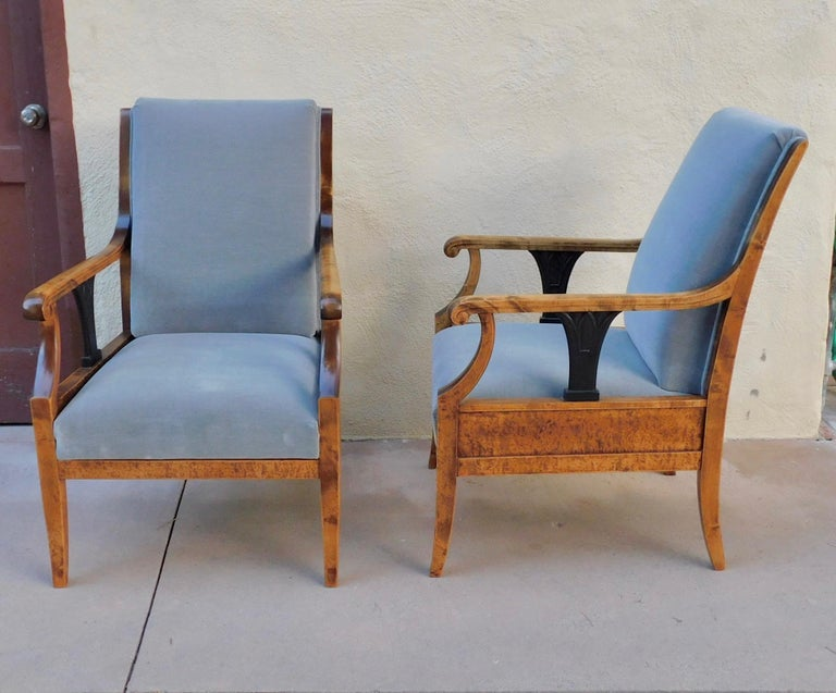 Pair of Swedish Biedermeier Revival Armchairs in Golden Flame Birch, circa 1920 For Sale 9