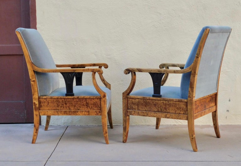 Pair of Swedish Biedermeier Revival Armchairs in Golden Flame Birch, circa 1920 In Excellent Condition For Sale In Richmond, VA