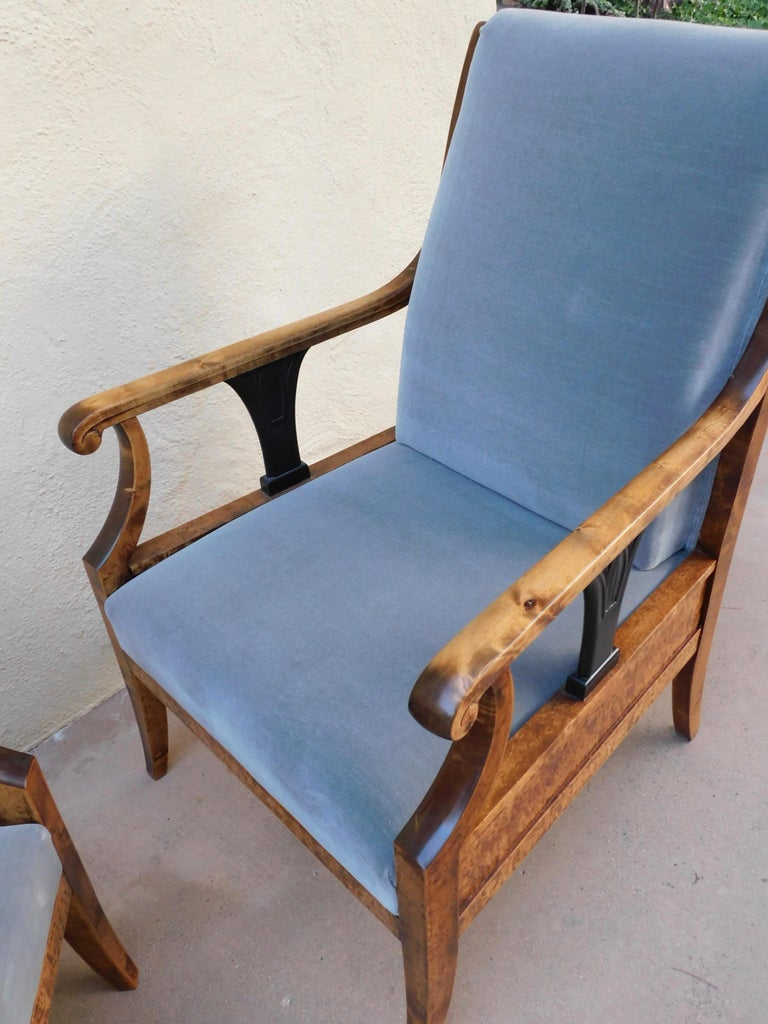 Pair of Swedish Biedermeier Revival Armchairs in Golden Flame Birch, circa 1920 For Sale 1