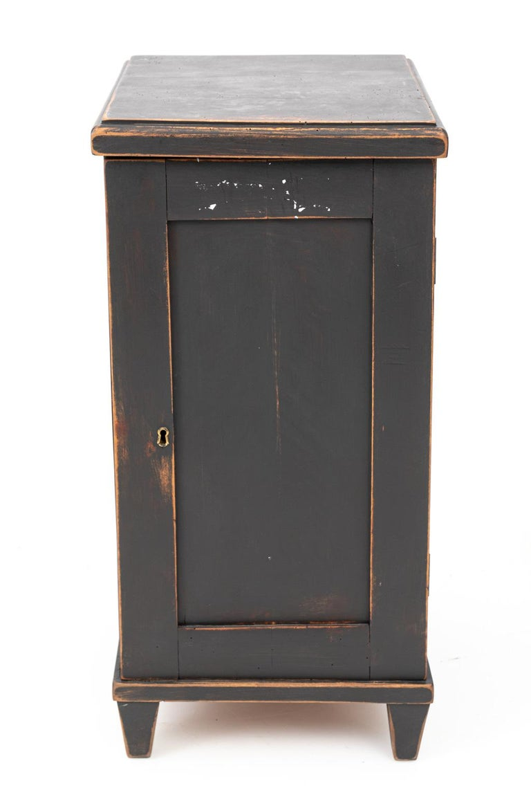 Pair of Swedish Black Painted Bedside Cabinets For Sale 7
