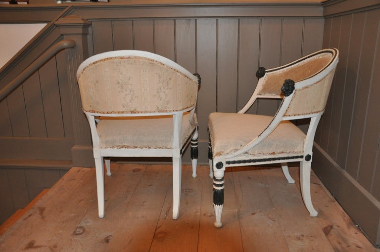 Carved Pair of Swedish Gustavian Neoclassical Tub Chairs by Ephraim Stahl For Sale