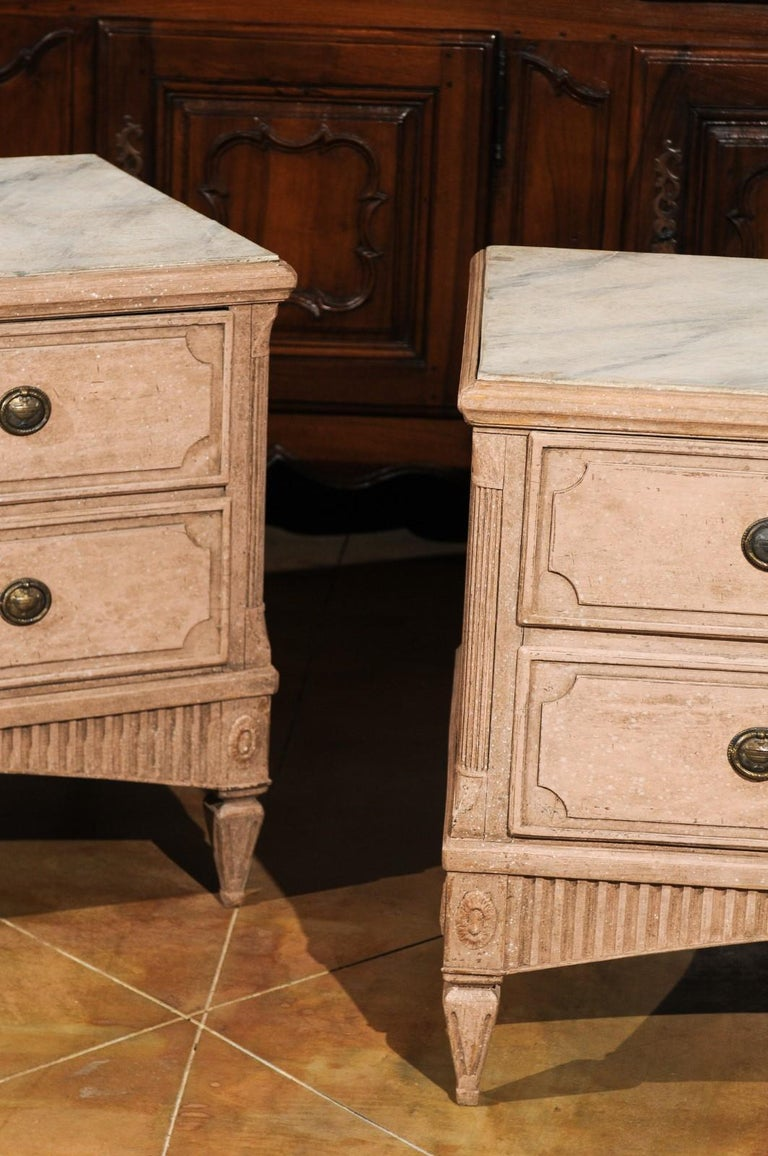 Pair of Swedish Gustavian Period 1790s Two-Drawer Chests with Soft Pink Color In Good Condition For Sale In Atlanta, GA