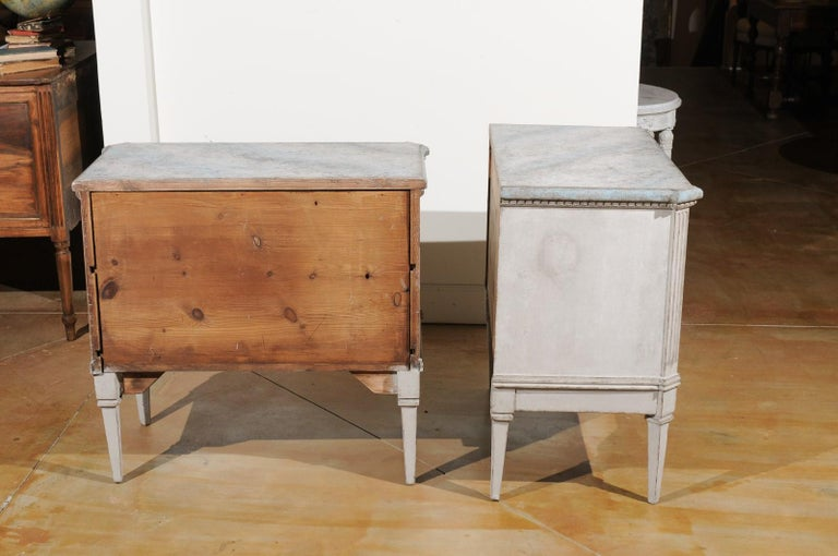 Pair of Swedish Gustavian Style 19th Century Painted Chests with Marbleized Tops For Sale 3