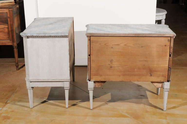 Pair of Swedish Gustavian Style 19th Century Painted Chests with Marbleized Tops For Sale 4