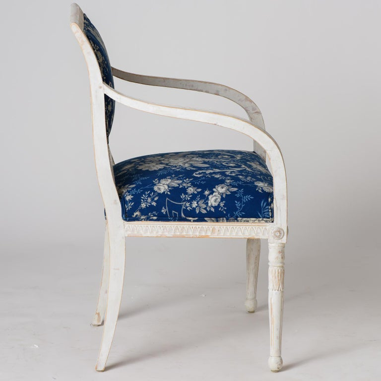 Pair of Swedish Late Gustavian Armchairs with Old White Paint, circa 1820 For Sale 4