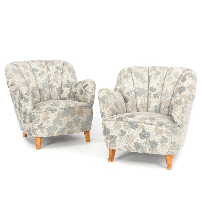 Pair of Swedish Lounge Chairs In Good Condition For Sale In Hudson, NY