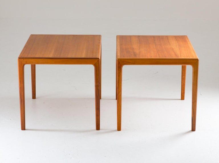 Mid-Century Modern Pair of Swedish Midcentury Side Tables in Walnut by Bertil Fridhagen For Sale