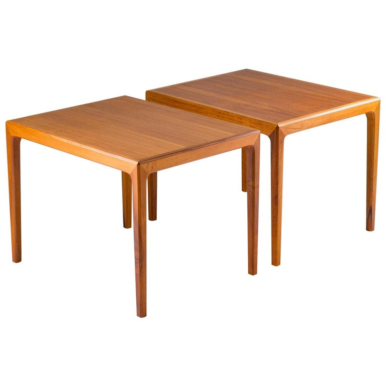 Pair of Swedish Midcentury Side Tables in Walnut by Bertil Fridhagen For Sale