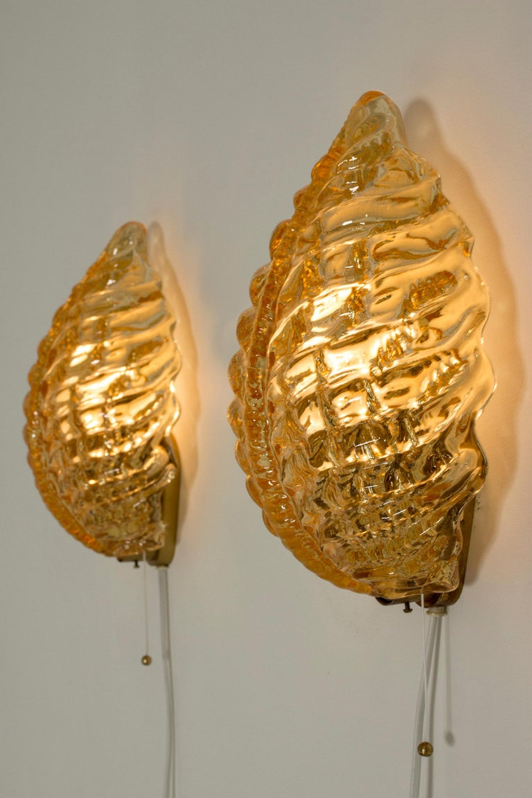 Pair of Swedish Modern Glass Wall Lamps from Orrefors In Good Condition For Sale In Stockholm, SE