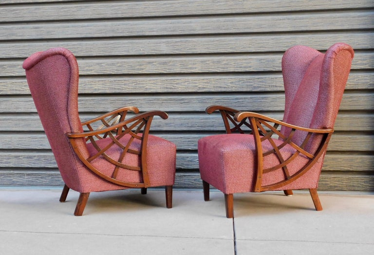 Mid-Century Modern Pair of Swedish Modernist Winged Back Spider Web Armchairs, circa 1940 For Sale