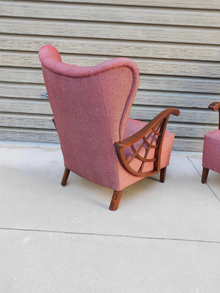 Pair of Swedish Modernist Winged Back Spider Web Armchairs, circa 1940 For Sale 3