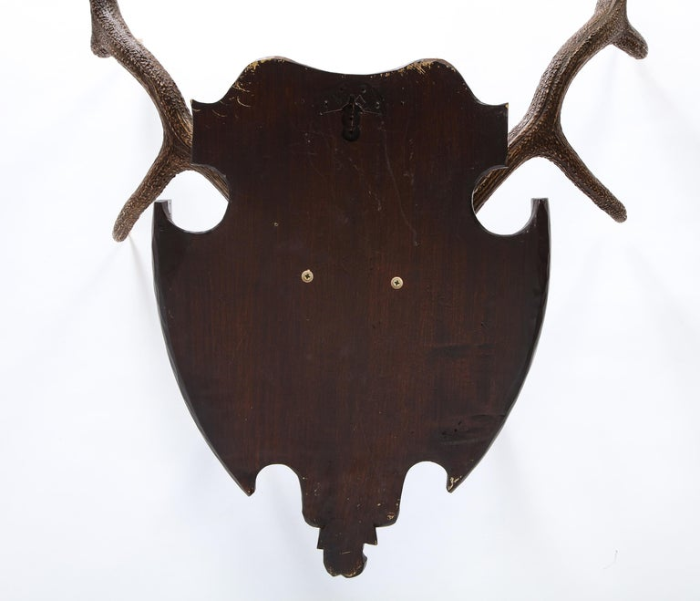 Pair of Swiss 'Black Forest' Antler Carved Trophy Mounts, Dated 1906 and 1906 For Sale 15