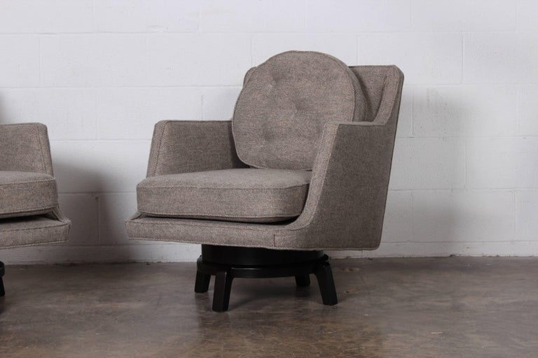 Pair of Swivel Chairs by Edward Wormley for Dunbar 1