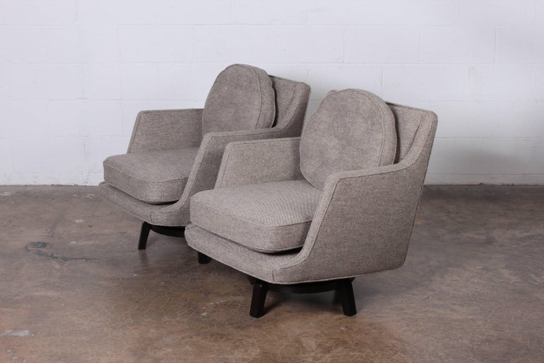 Pair of Swivel Chairs by Edward Wormley for Dunbar 4