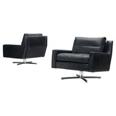 Pair of Swivel Lounge Chairs in Black Leather and Metal