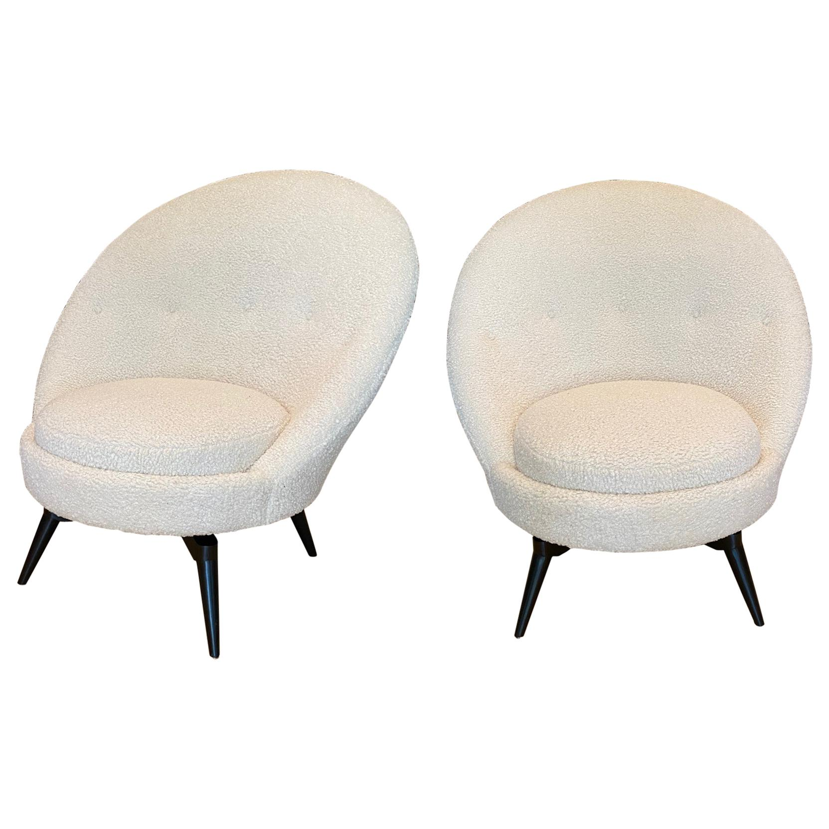 Pair of Swivel Lounge Chairs in White Bouclé