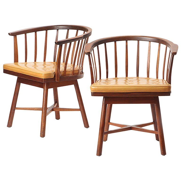 Pair of Swiveling Barrel Back Chairs by Edward Wormley For Sale