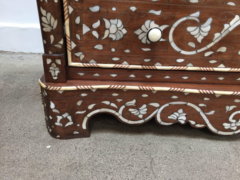Late 20th Century Pair of Moorish Chest of Drawers, Mother of Pearl Inlay Wedding Dressers For Sale