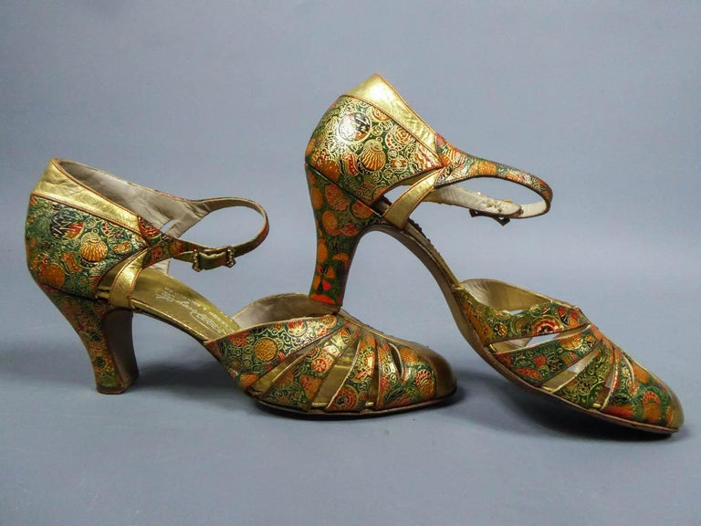 Pair of T-bar golden Salome shoes for the ball Circa 1930 4