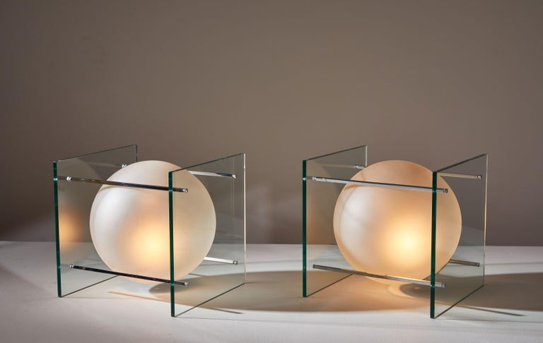 Mid-Century Modern Pair of Table Lamps by Lumi For Sale