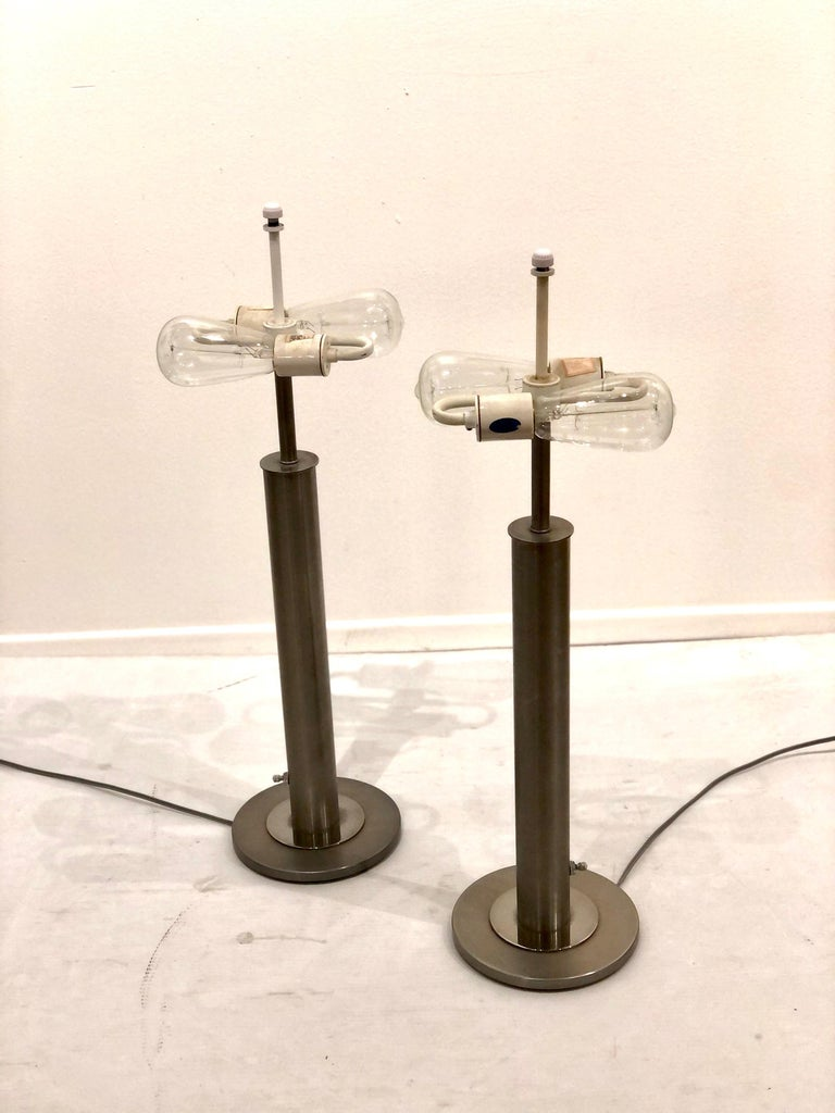 Art Deco Pair of Table Lamps in Brushed Steel and Chrome by Nessen Studios For Sale