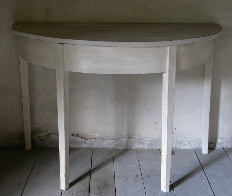 Pair of Tables, Pair of Gustavian style Tables, Pair of Demilune Tables In Good Condition For Sale In South Cotswolds, GB