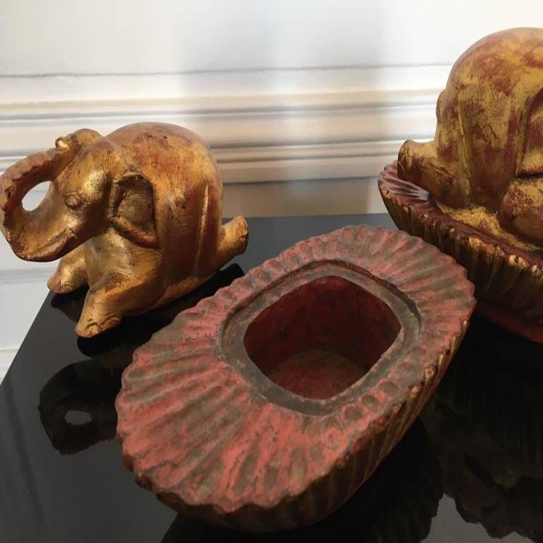 Pair of Taï Boxes Representing Elephants In Good Condition For Sale In Bordeaux, FR