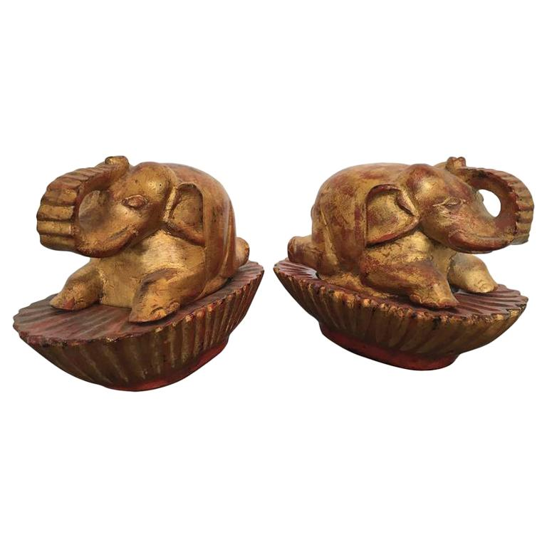 Pair of Taï Boxes Representing Elephants For Sale