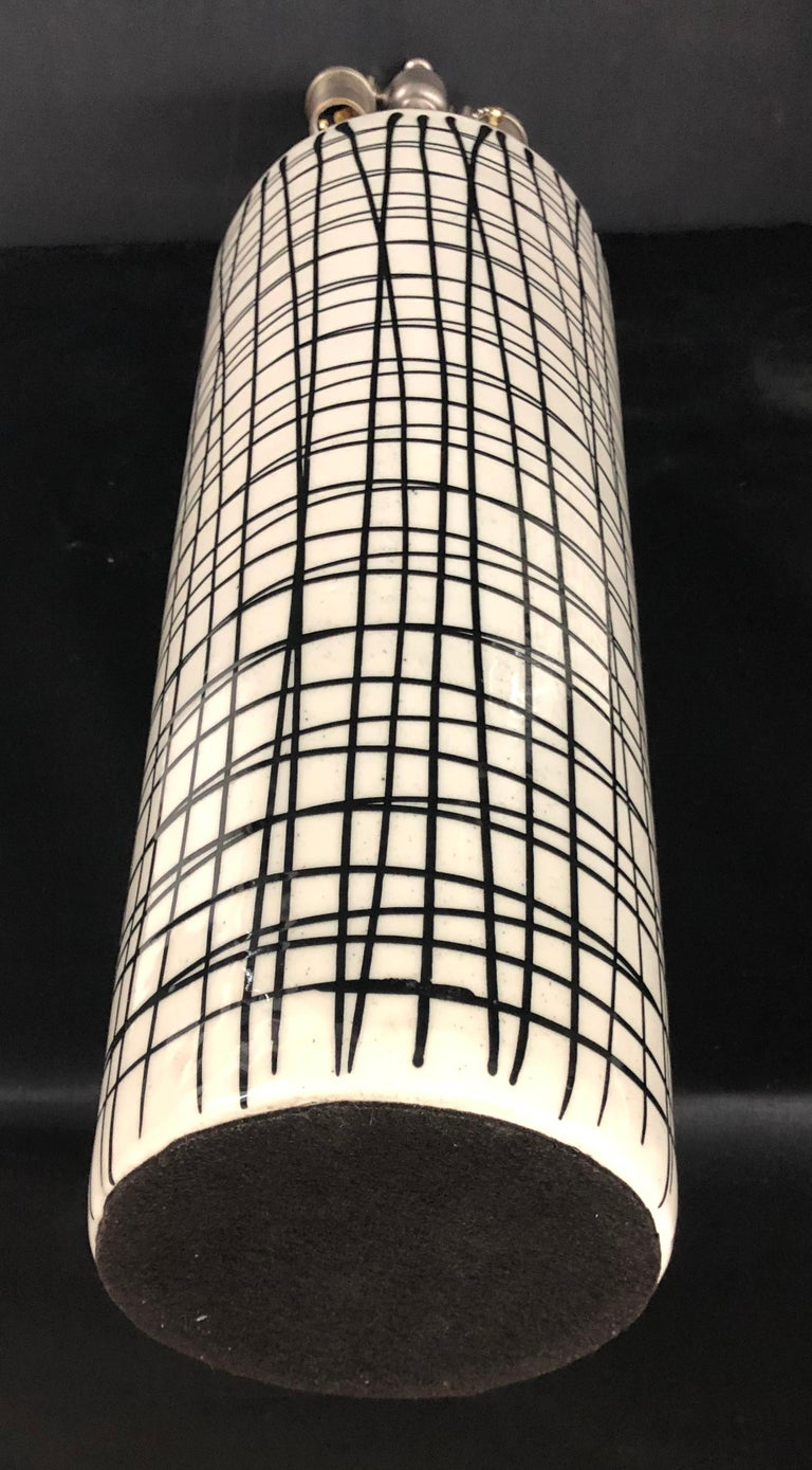 Contemporary Pair of Tall Black and White Crosshatched Vases with Lamp Application For Sale