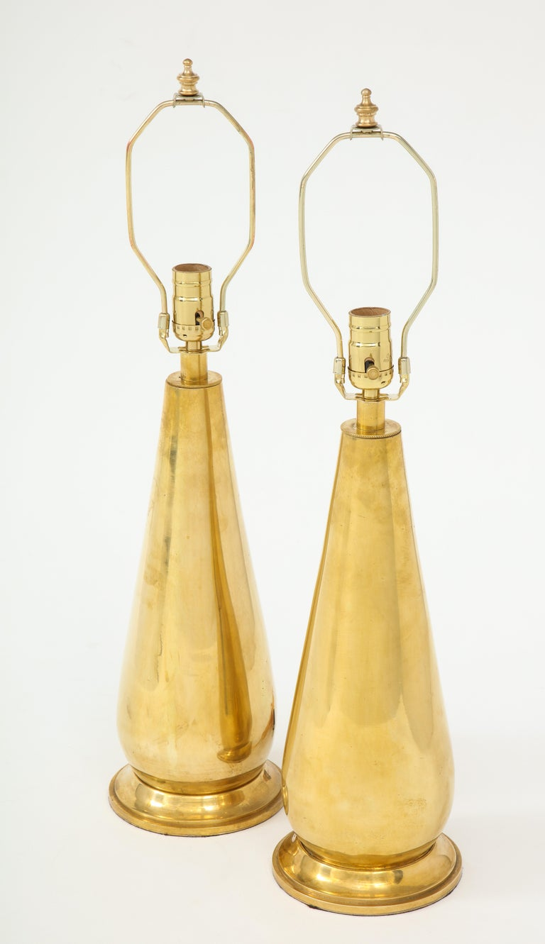 Pair of Tall Brass Lamps In Excellent Condition For Sale In New York, NY