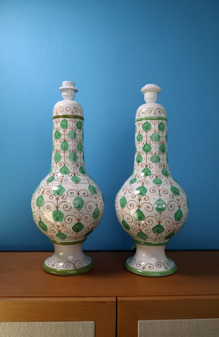 Glazed Pair of Tall Italian Vintage Hand Painted White Green Table Lamps, 1960s For Sale