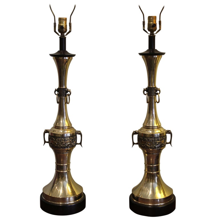 Pair of Tall Midcentury Brass Table Lamps For Sale