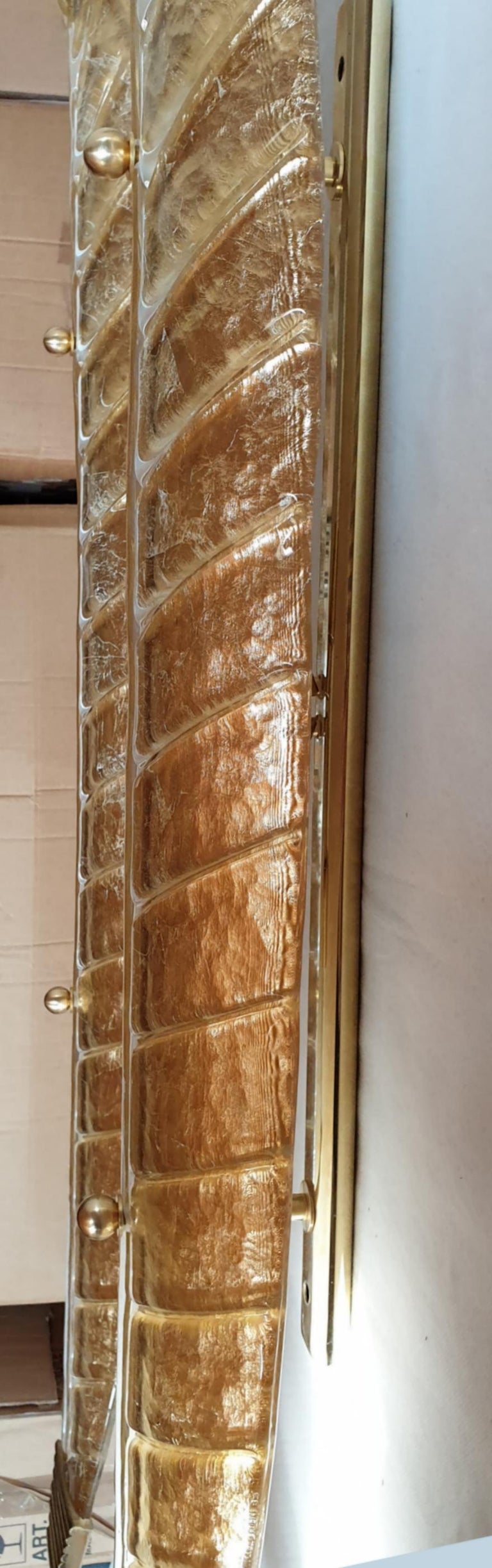 Two Large Mid-Century Modern Murano Glass Gold Leaf Sconces, Barovier Style 1970 For Sale 7