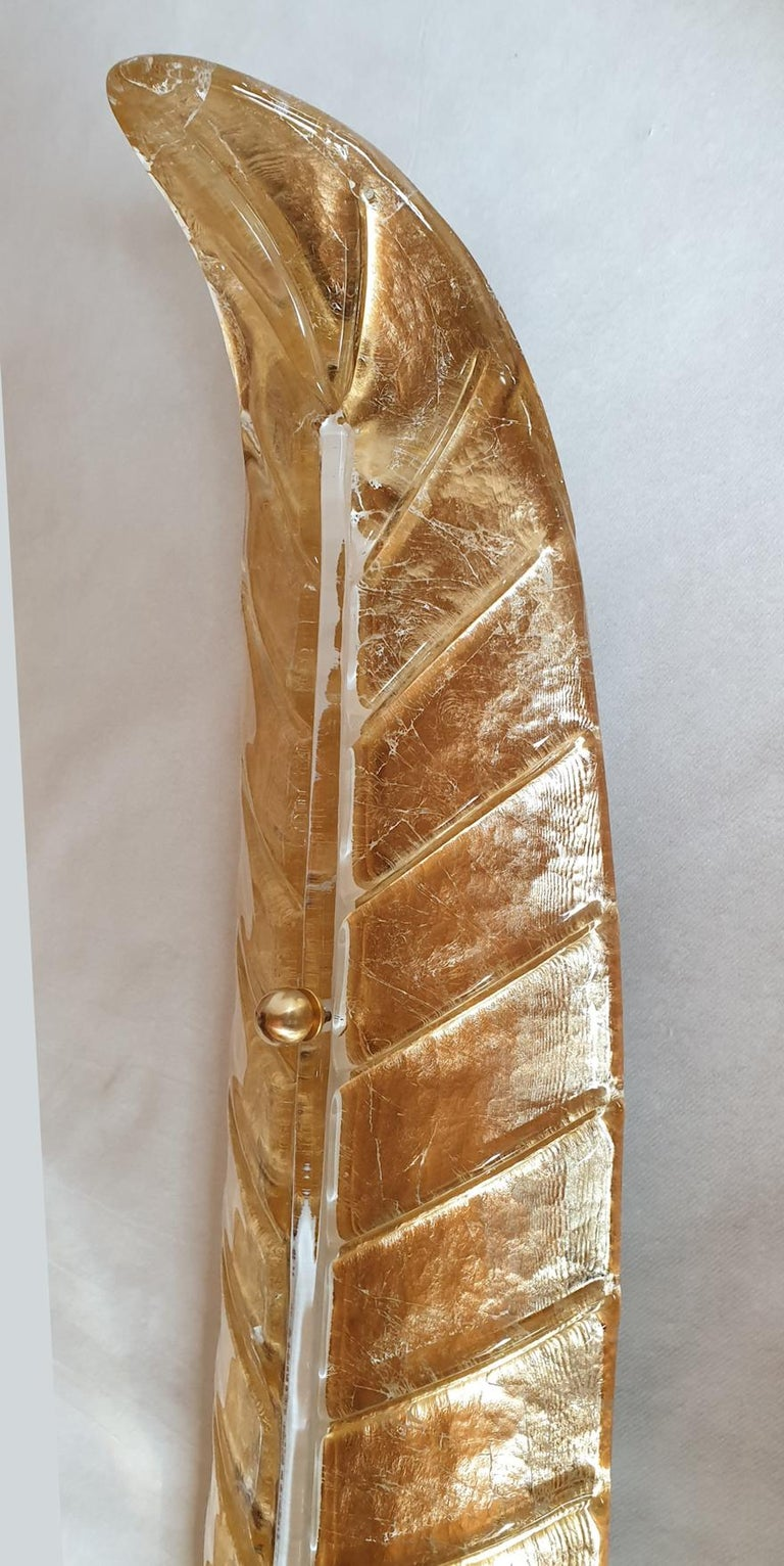 Two Large Mid-Century Modern Murano Glass Gold Leaf Sconces, Barovier Style 1970 For Sale 3