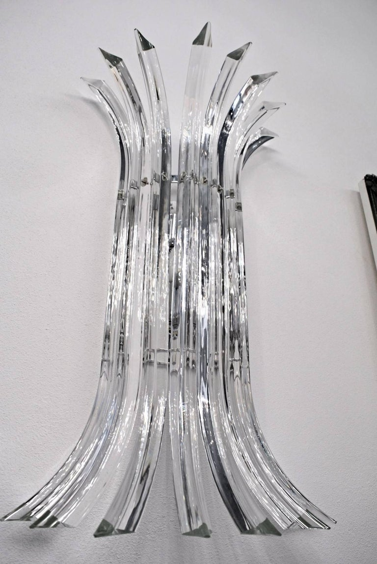 Mid-Century Modern Pair of Tall Eight-Element Clear Murano Glass Triedri Sconces, 1980s For Sale