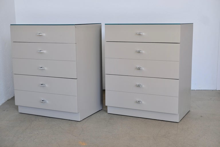 Pair of Taupe and Nickel American of Martinsville Nightstand Chests For Sale 5