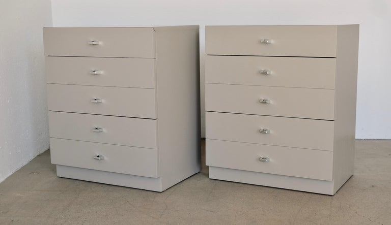 Pair of Taupe and Nickel American of Martinsville Nightstand Chests For Sale 7