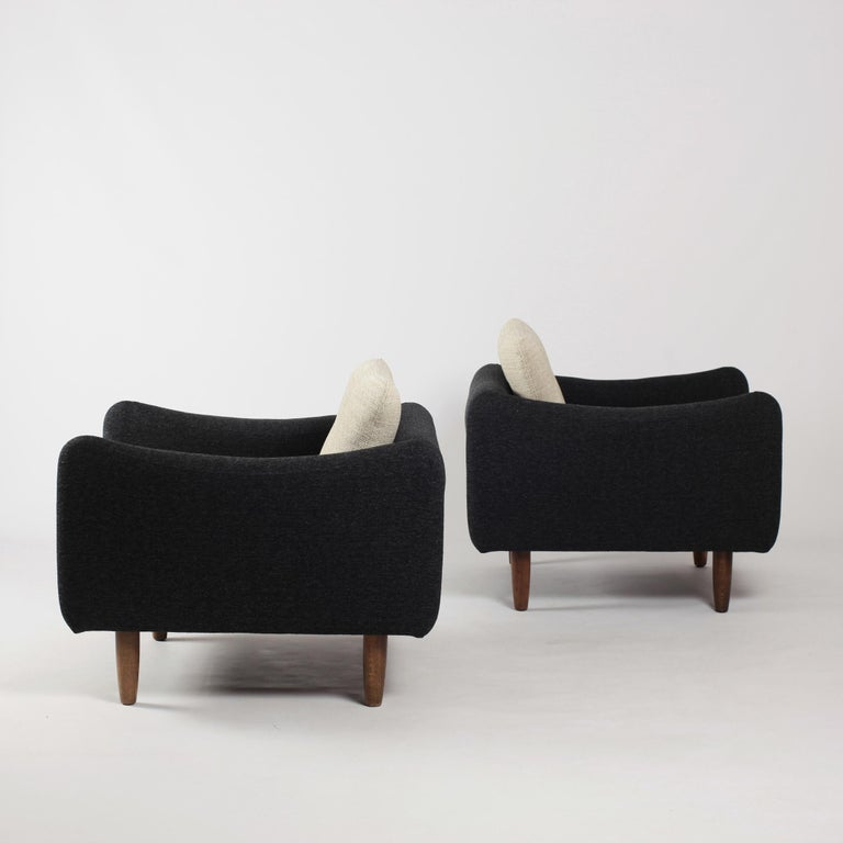 French Pair of Teckel Armchairs by Michel Mortier for Steiner, France, 1960s For Sale