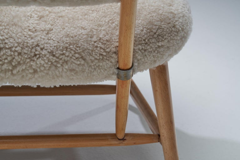 "Pair of ""TeVe"" Chairs by Alf Svensson for Studio Ljungs Industrier AB, SWE For Sale 4"