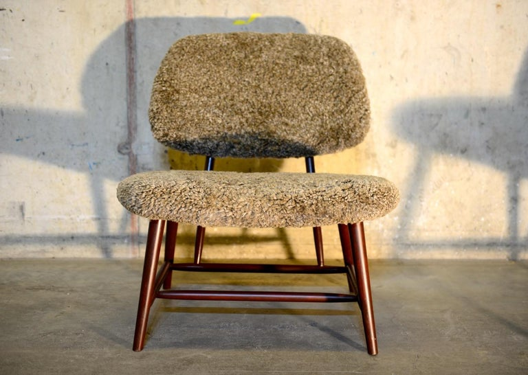Sheepskin Pair of 'TeVe' Lounge Chairs by Alf Svensson, Ljungs Industrier Sweden For Sale