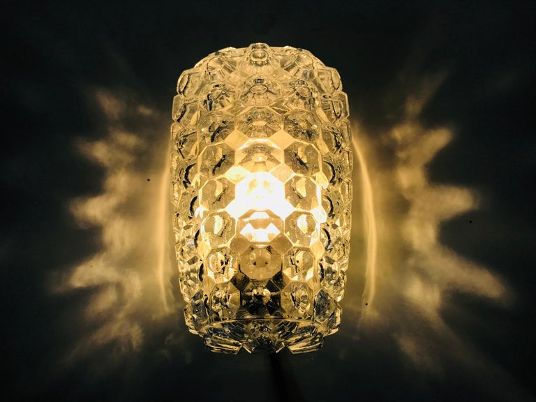 Pair of Textured Crystal Glass Sconces by Glashütte Limburg, 1960s, Germany For Sale 1