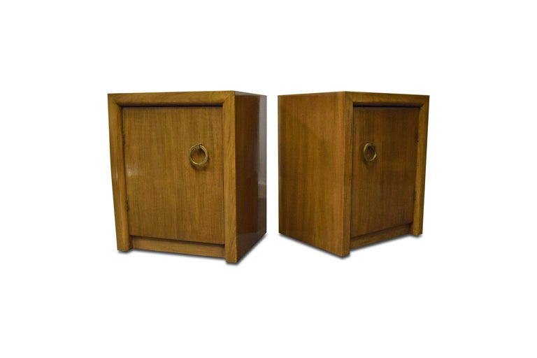 Pair of T.H. Robsjohn-Gibbings for Widdicomb Nightstands In Good Condition For Sale In Middlesex, NJ