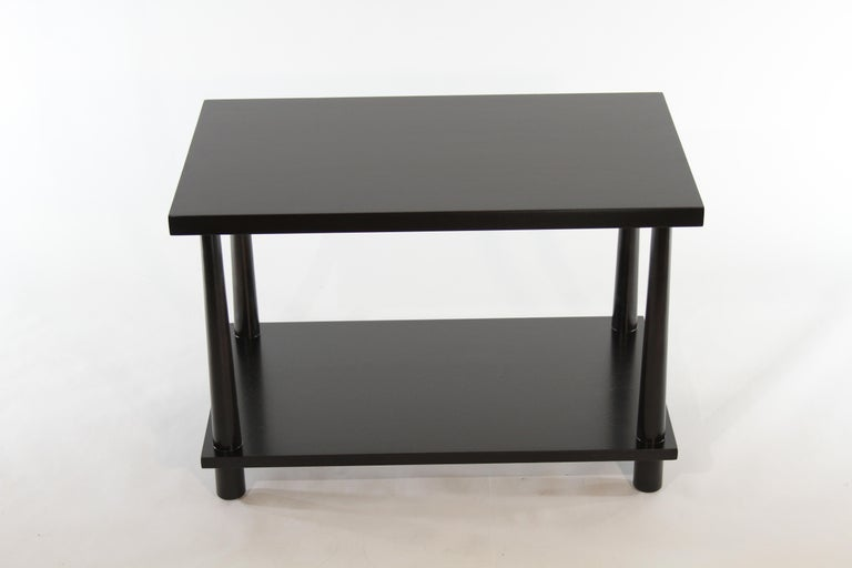 Pair of T.H. Robsjohn-Gibbings for Widdicomb Reverse Tapered Legs End Tables In Good Condition In St. Louis, MO