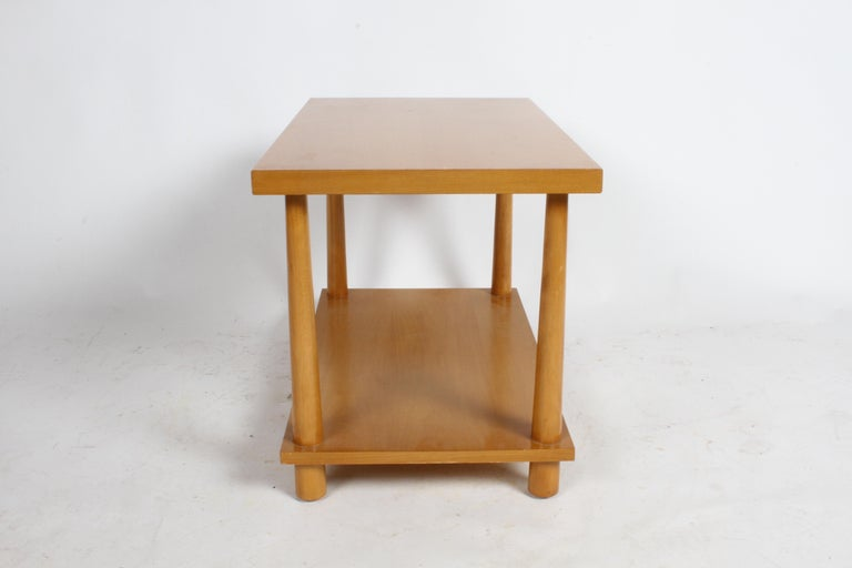 Pair of T.H. Robsjohn-Gibbings for Widdicomb Reverse Tapered Legs End Tables For Sale 2
