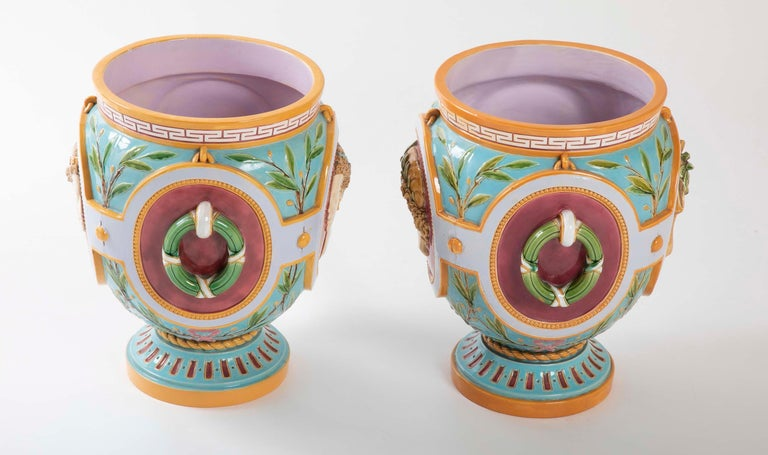 Pair of Thomas Minton Majolica Jardinières In Good Condition For Sale In Stamford, CT