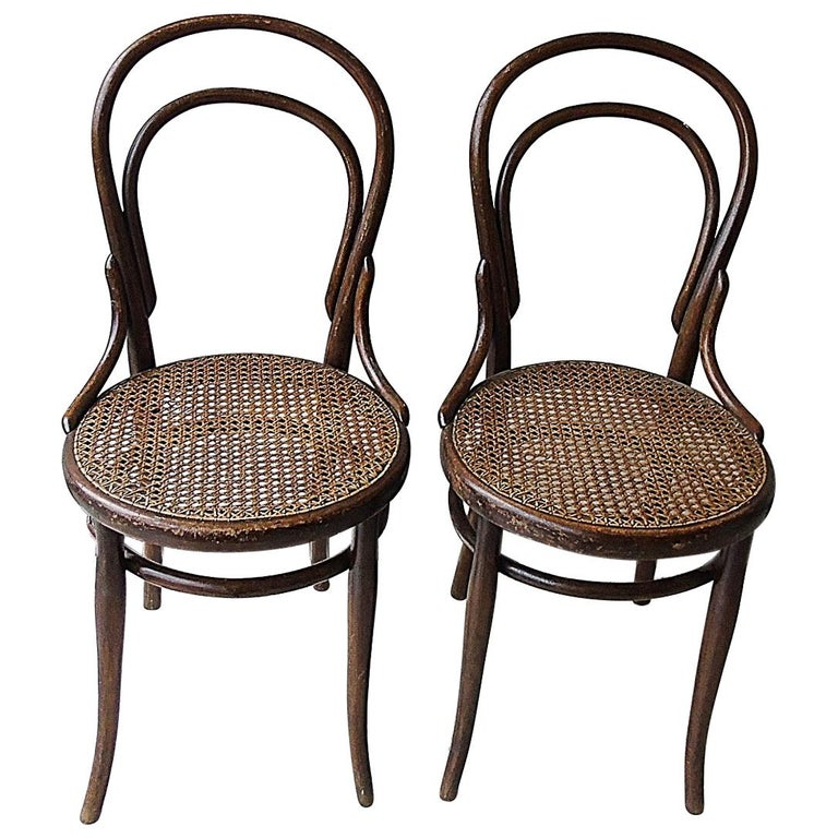 Cafe Furniture For Sale: Pair Of Thonet Bistro Chairs, 1920s For Sale At 1stdibs
