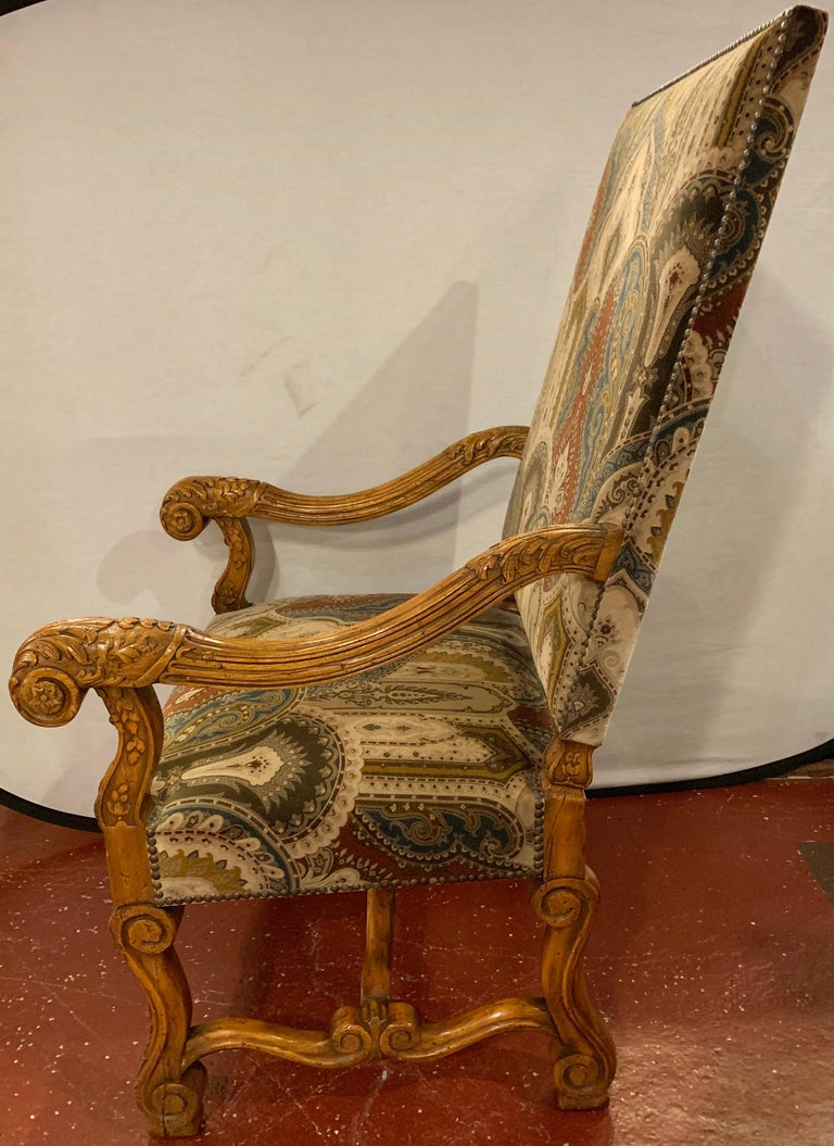 Pair of Throne Armchairs with a Versace Style Cut and Printed Velvet Fabric For Sale 6