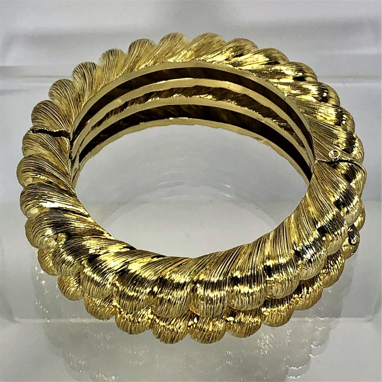 Women's Pair of Tiffany & Co. Gold Rope Design Bangle Bracelets For Sale