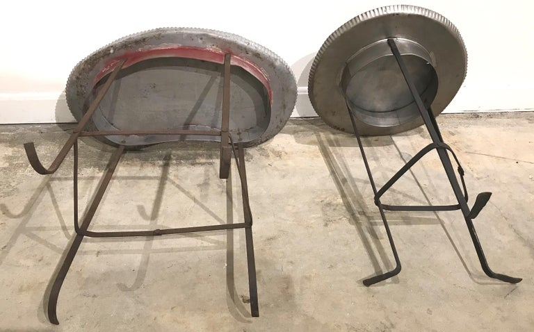 Pair of Tole Gueridon Metal Side Tables with Crimped Piecrust Tops For Sale 3
