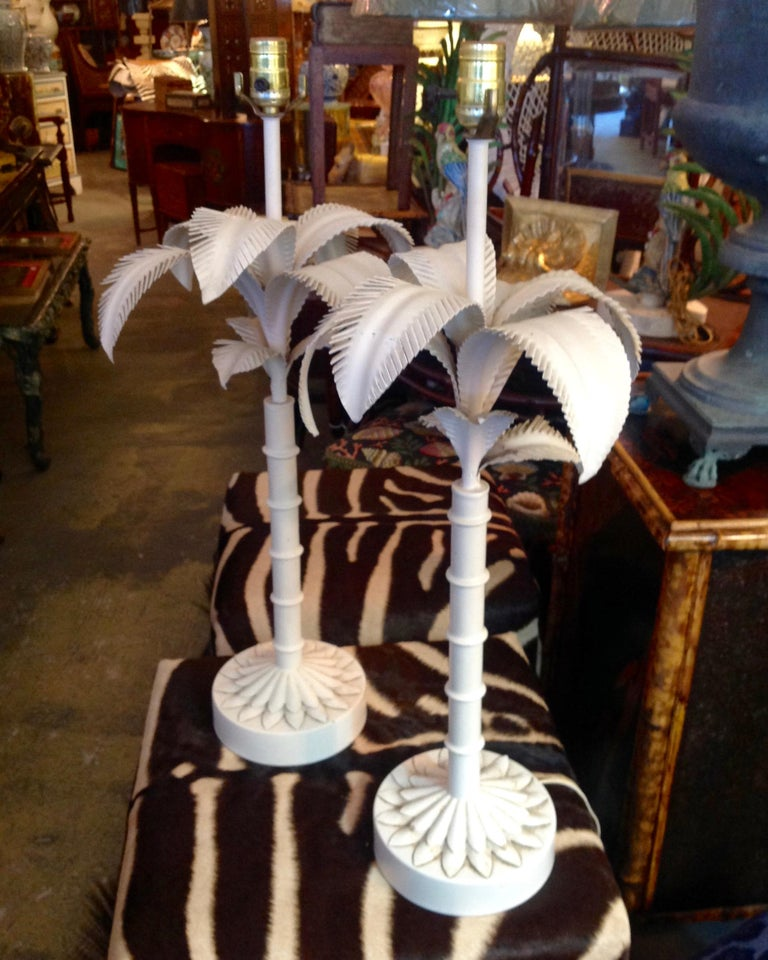 Italian Pair of Tole Palm Tree Lamps For Sale